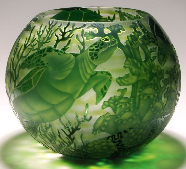 """Sea Turtles 14"""" Diameter- Limited Edition Heron Glass, Mary Mullaney  I WOULD LOVE TO OWN THIS !"""