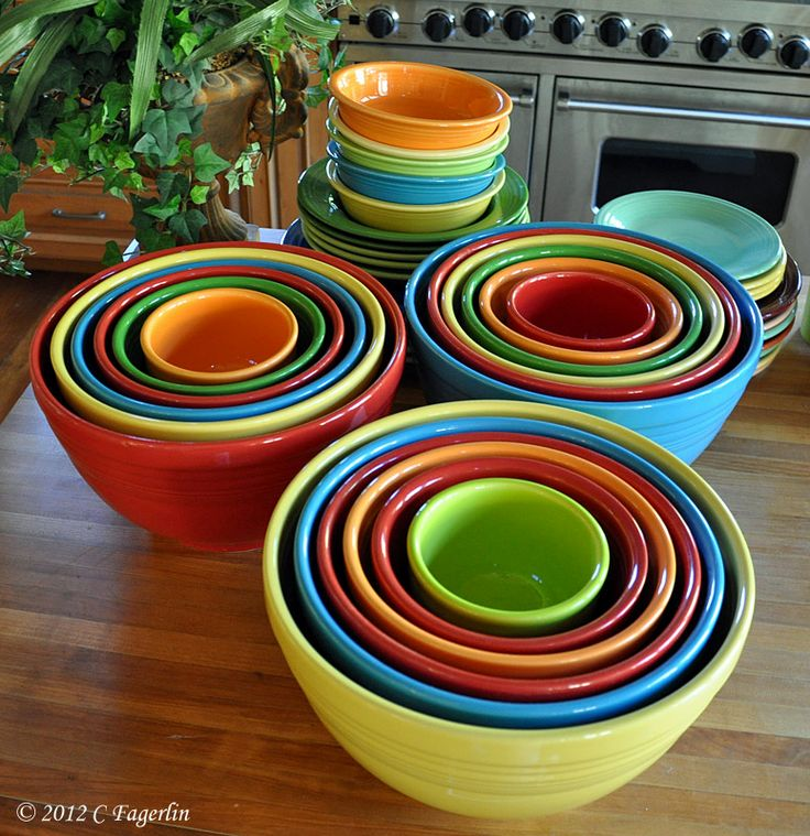 The Little Round Table: Nesting Bowls -OMGosh!!