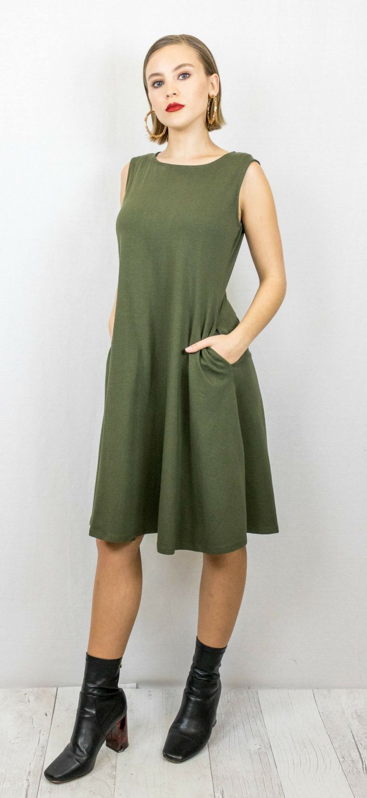 Tank Fit and Flare Dress with Pockets $30.00 // grey, olive, loose, flowy, tshirt dress, The Copper Closet, fashion, boutique, clothing, affordable, style, woman's fashion, women fashion, online shopping, shopping, clothes, girly, boho, comfortable, cheap, trendy, outfit, outfit inspo, outfit inspiration, ideas, Jacksonville, Gainesville, Tallahassee Florida, photo shoot, look book