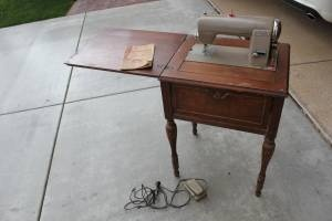 17 Best Images About Antique Sewing Machine On Pinterest