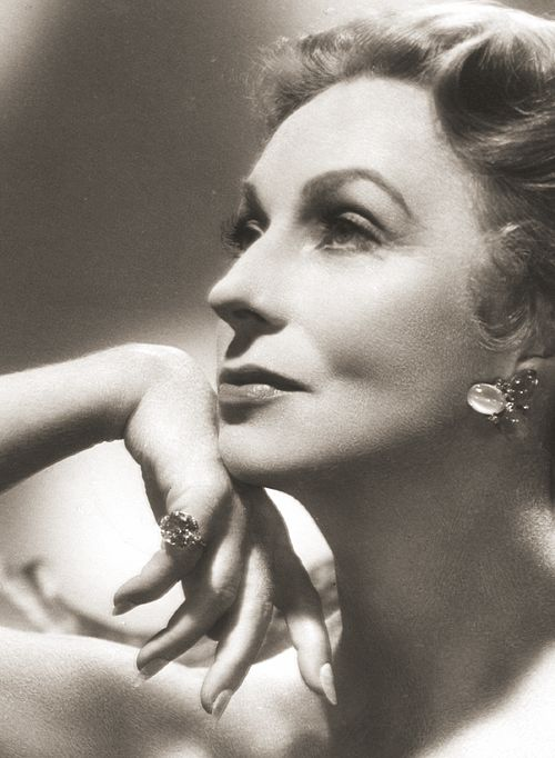 """Agnes Moorehead...one of the truly greats...she could do ANYTHING as an actress...! Loved her in """"Dark Passage""""...!"""