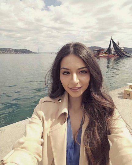 Tweet Media oleh Melisa Aslı Pamuk (@MelisaPamukFans) | Twitter