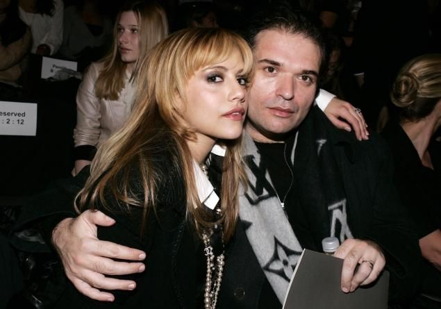 Brittany Murphy's hair shows evidence of rat poison, her father claims Angelo Bertolotti says high levels of Barium, a rat poison, were found in hair that belonged to the 'Clueless' star, who shockingly died in 2009 from what authorities said was pneumonia.