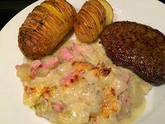Witlof met ham en kaassaus gegratineerd in de oven