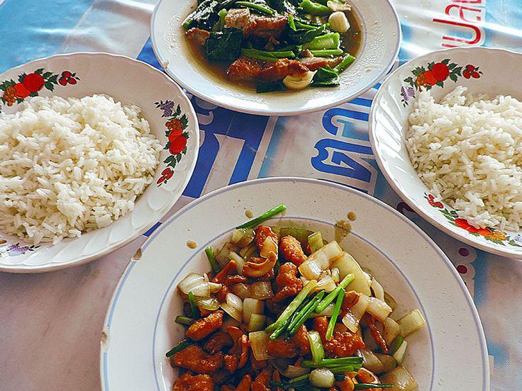 chiang mai, cashew nut chicken, best restaurant in chiang mai ...