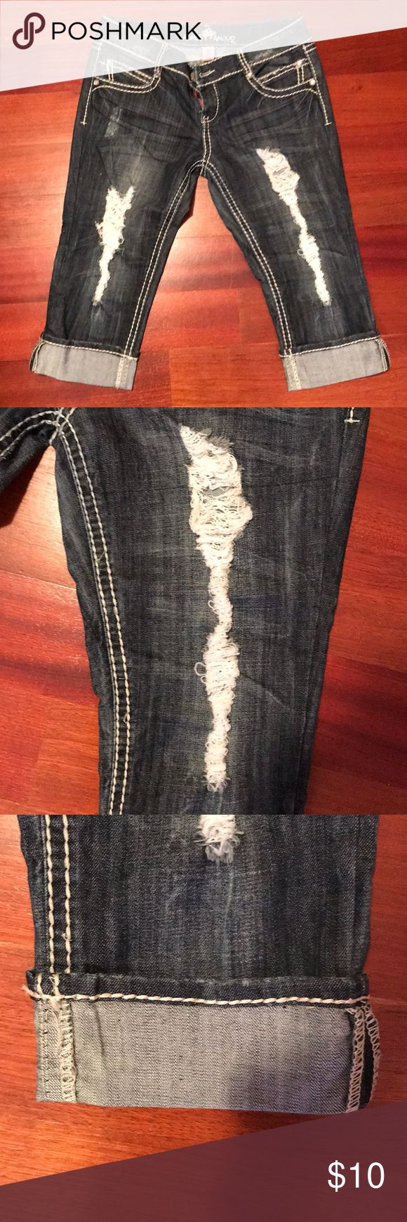 Capri jeans! Distressed capri jeans with bold stitching and bling detailing!! Almost Famous Pants Capris