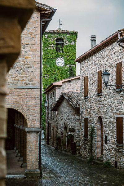 Frontino (Marche, Italy) byAlessandro Persiani