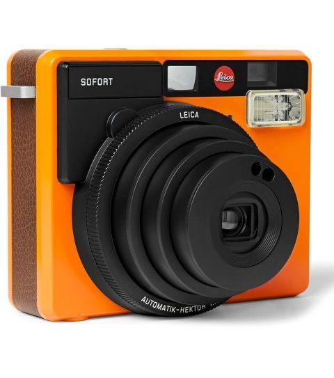 Cámara compacta instantánea Leica. 275 euros.