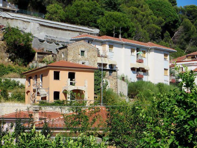 Camporosso (IM) - Via Santa Croce