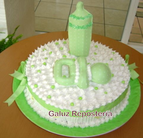 Pastel con el sabor de casa para baby shower 40 for Como decorar un bizcocho