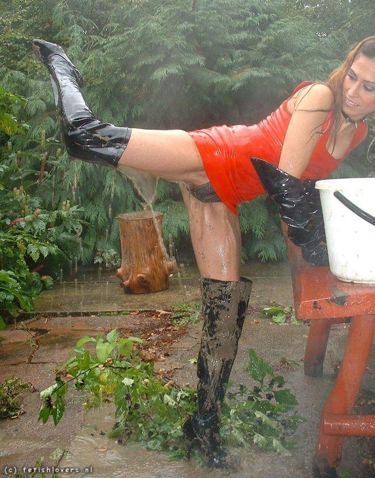 Vickie guerrero wwe nude pics