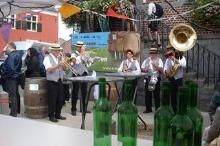 Wijnfeesten Wezemaal- De Wijnfeesten van Wezemaal is een must voor elke wijnliefhebber, een jaarlijks evenement dat doorgaat in de maand Augustus! Kom en proef van de lekkere Hagelandse wijn!