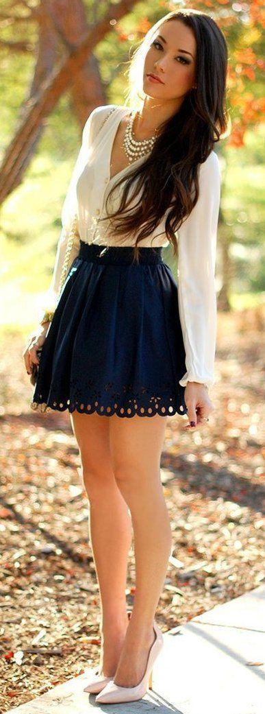#thanksgiving #outfits White Blouse // Black Skirt // White Pumps