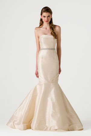 Colette | http://www.annebarge.com/collections/spring-2015-blue-willow-bride | by Anne Barge