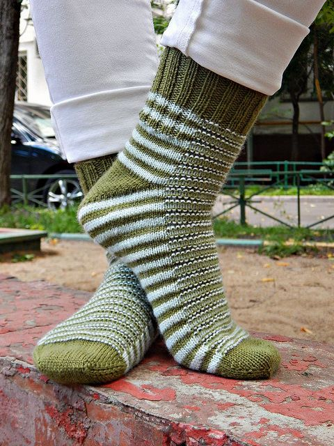 Ravelry: Caterpillar socks pattern by Olga Shkuta