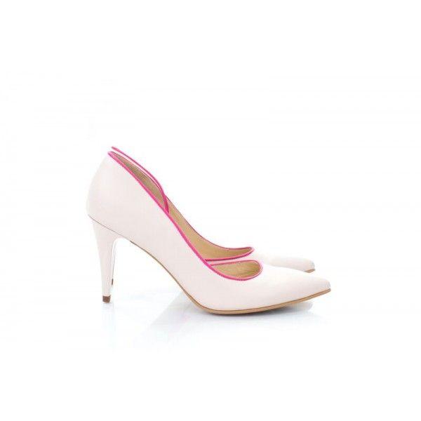 Pantofi cu bentiță