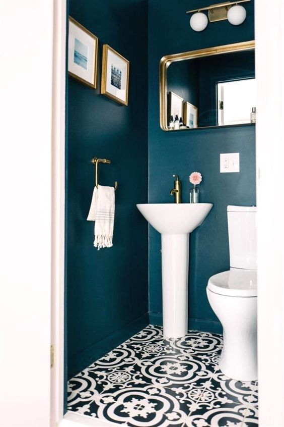 Very small bathroom? All the solutions and tricks to furnish it
