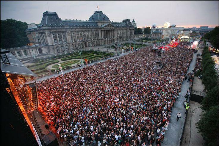 Gedurende 10 dagen vind je heel wat concerten en culturele activiteiten terug. Brussels Summer Festival vindt plaats in de 2de helft van augustus, en dit elk jaar.