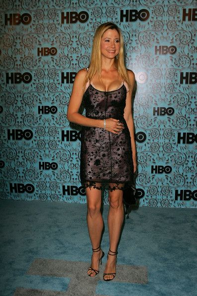 Actor Mira Sorvino arrives at the HBO Emmy after party held atThe Plaza at the Pacific Design Center on September 18, 2005 in West Hollywood, California.