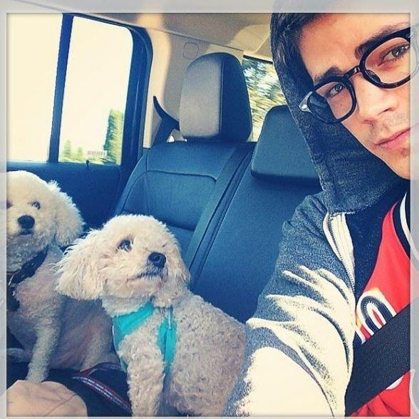 Awww Grant with Jett and Nora :)