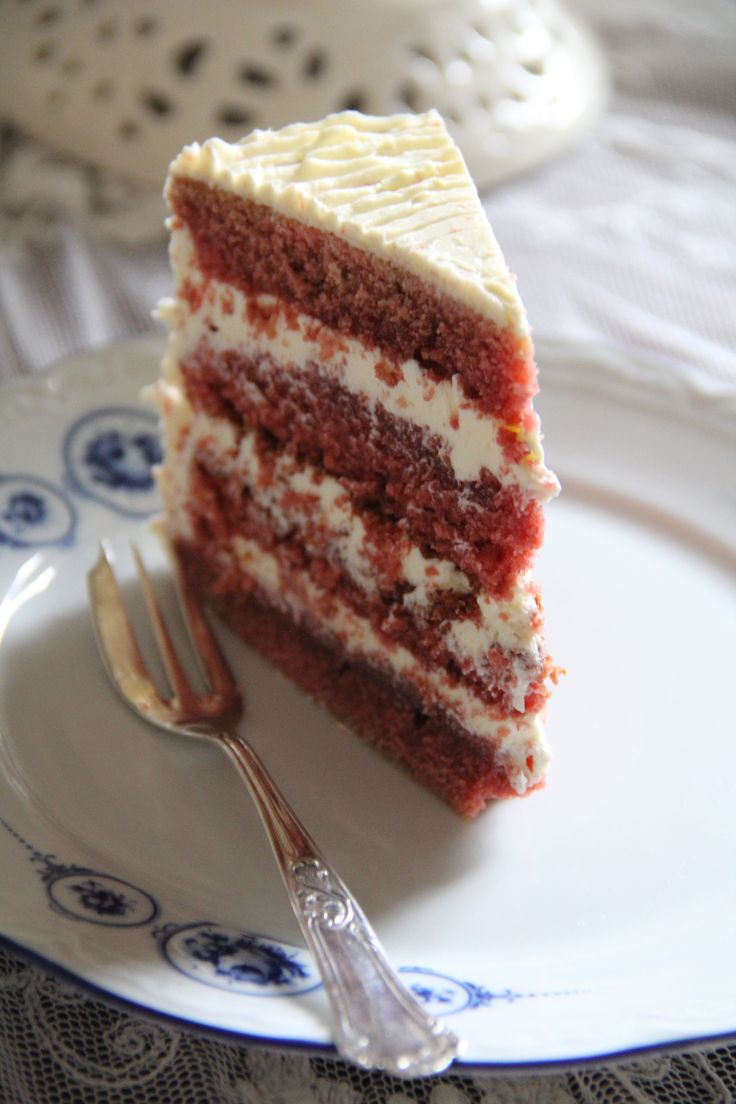 red velvet con buttercream al latte condensato