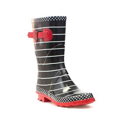 79303 If Bonfire Night turns out to be a bit wet this year fear not, try our pretty Black and Red Striped Wellies to keep feet dry £14.99 #womenswellies #winter #bonfirenight
