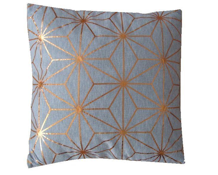 Grijs/koper grafisch - Trendy kussen gemaakt van zachte katoenen stof met koperkleurige grafische opdruk   afmeting 40x40 cm inclusief vulling blinde ritssluiting achterzijde