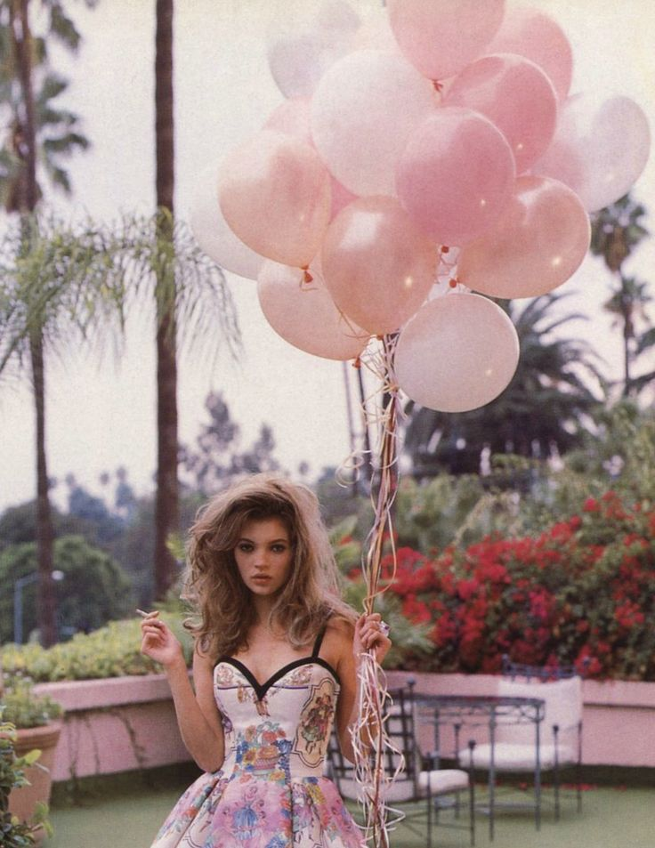 Kate Moss by Lance Staedler for Glamour France, 1992. #balloons: Fashion, Inspiration, Style, Katemoss, Glamour France, Pink, Balloons, Photography, Kate Moss