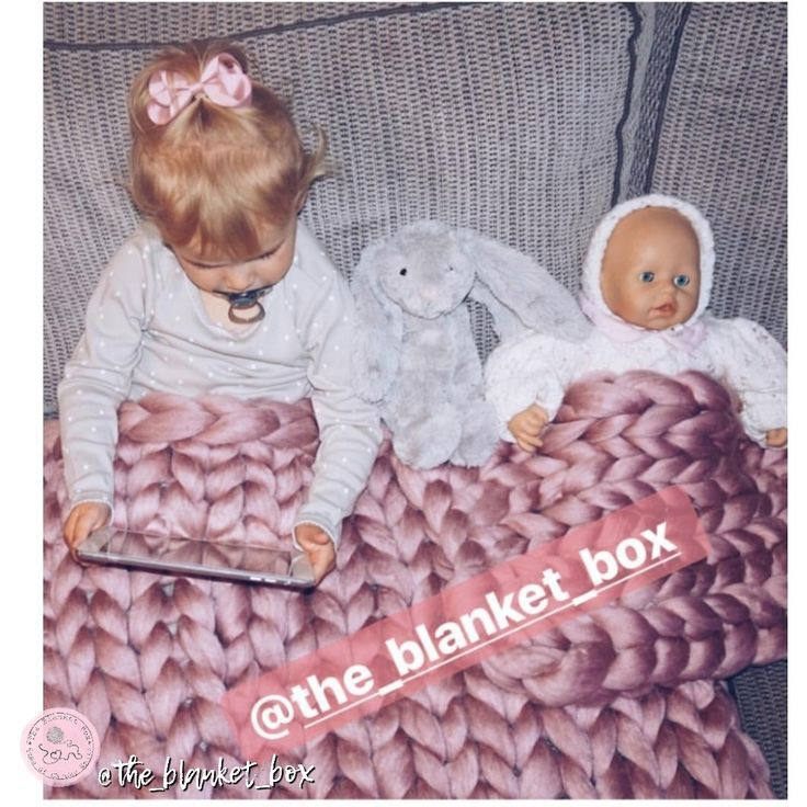 Chunky knitted blanket Dolly And ME set