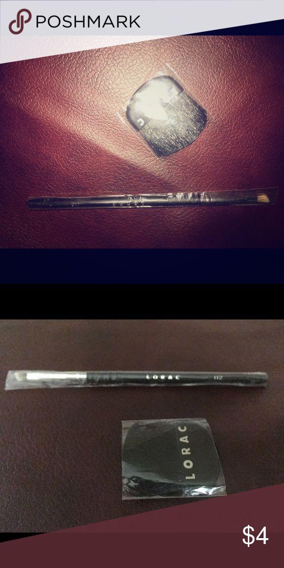 Lorac Eye Defining Brush and Mini Blush Brush New Lorac makeup brushes. Full size #112 Eye Shadow, Liner Brush and compact Blush Brush. lorac Makeup Brushes & Tools
