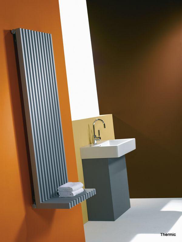Badkamer designradiator van Thermic. Showroom Van Wanrooij