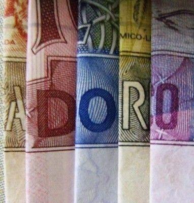 Se eu gosto de dinheiro?  A-D-O-R-O