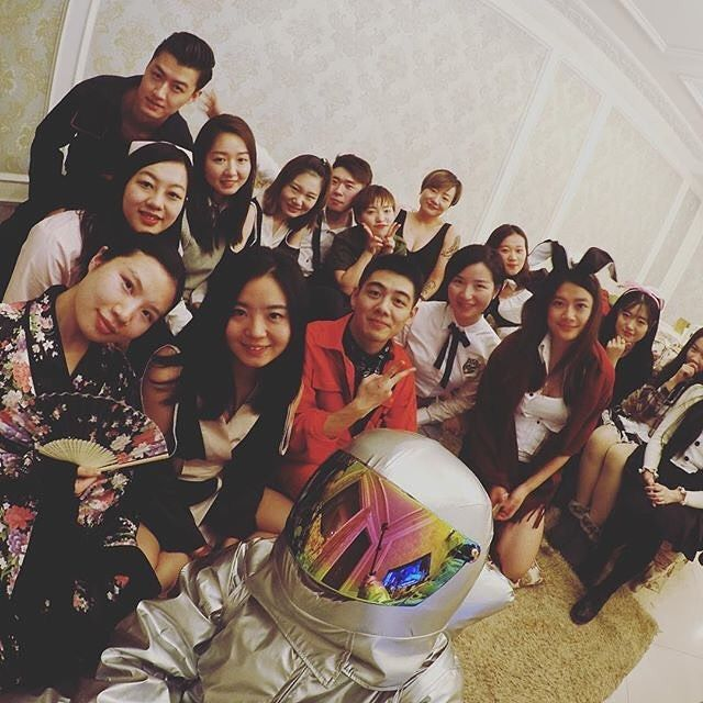 #teambuilding #mslgroup #china #team7 it's my #astronaut selfie time : @jamieee_qin