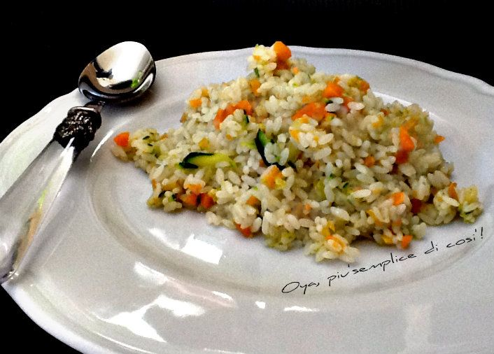 Risotto zucchine e carote, ricetta semplice e saporita