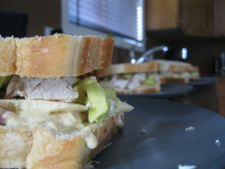 Maple chicken sandwich with avacado.