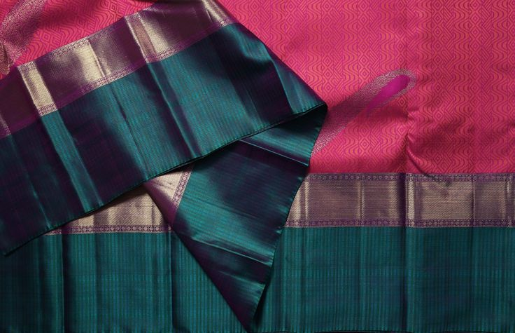 Lakshmi Handwoven Kanjivaram Silk Sari 1000025 - Sari / Kanjivarams - Parisera