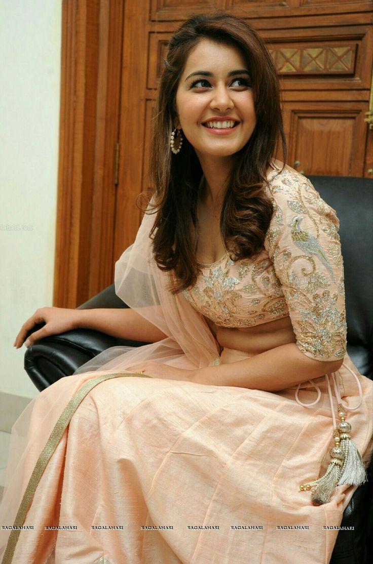 Rashi beautiful smile