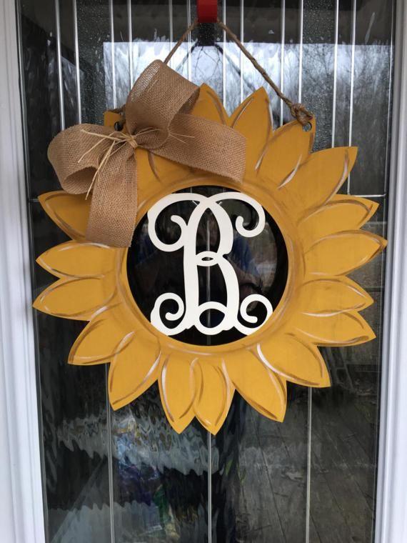 Sunflower door hanger, summer door hanger, fall door hanger, sunflower, door hangers, wooden door hangers, door decor, summer