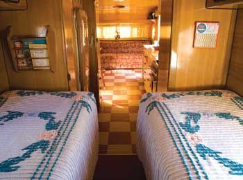 wood and bedspreads.: Airfloat Interiors, Vintage Trailers, Trailers Interiors, Campers Glamper, Campers Trailers Motorhome, Trailers Parks, Travel Trailers, Trailers Campers, Hams Trailers