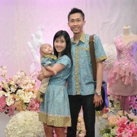 Dengan couple dress batik medelline keluarga custome by costumer