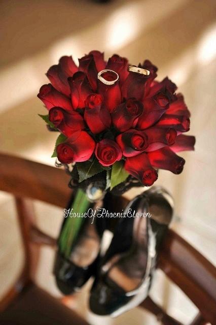 bridal bouquet, image by house of phoenix eleven