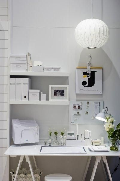 Kikki K. in Sydney, Ohh my. I lovve this soo much, currently re-organising my desk. May just steal some ideas :)