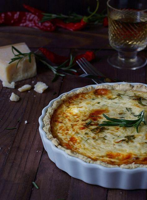 Луковый пирог с сыром