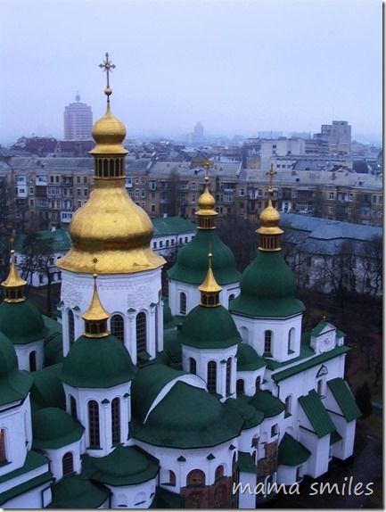 Ukraine Cares. So should we. How much do you know about Ukraine? A guest post written by a woman who studied at the Kiev conservatory (in flames today) as a teenager.