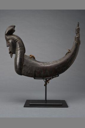 "Thomas Murray Ethnographic and Tribal Art: Shaman's Medicine Horn, Naga Marsarang or Sahan Batak, Sumatra, Indonesia"" Wood, horn, cord 18th/19th Century: Published: Batak Sculpture; Sibeth & Carpenter, page 100 SOLD"