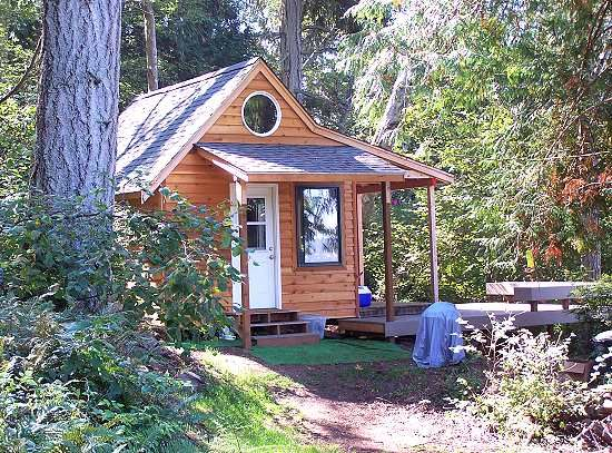27 best prefab sips houses images on pinterest facades for Small modular cabins and cottages