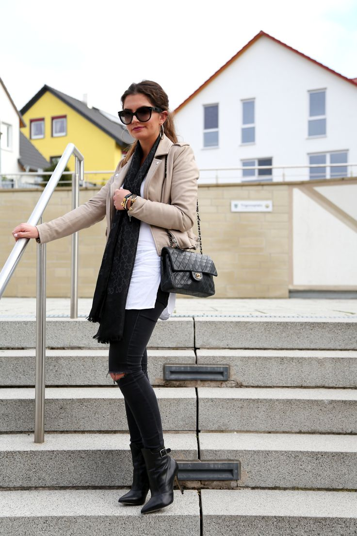 outfit: leather jacket,booties and my favorite scarf