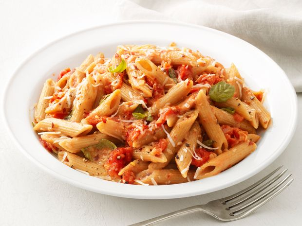 Penne With Vodka Sauce Recipe : Food Network Kitchens : Food Network - FoodNetwork.com (add Chicken)