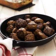 Köttbullar med kastanjer och russin - Recept - Tasteline.com