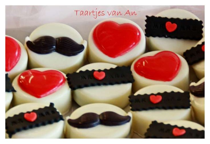 Sweet Table Moustache Taartjes van An cupcakes snor oreo